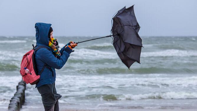 Silny wiatr, możliwe oblodzenia. Alarmy i prognoza zagrożeń IMGW