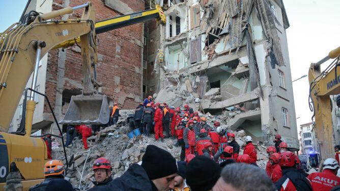 35 ofiar śmiertelnych trzęsienia ziemi w Turcji